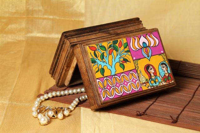Wooden Box - Run Zun